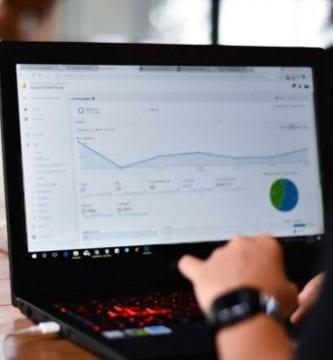 Search console en una laptop